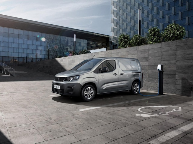 Peugeot e-Expert Royal Mail