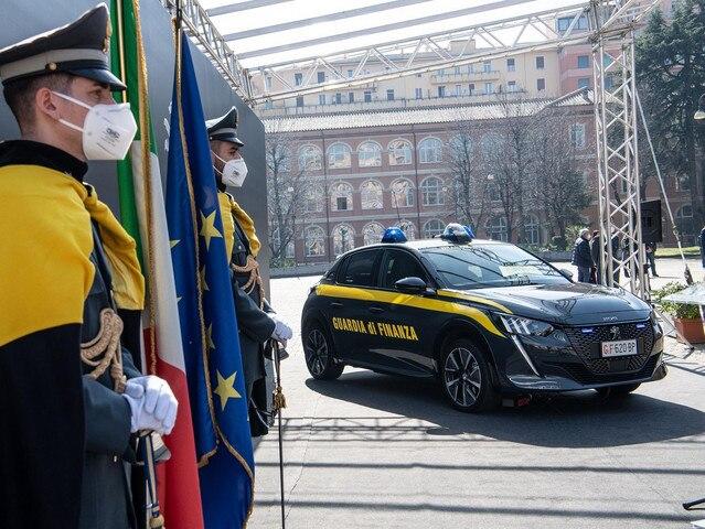 Guardia di Finanza - Peugeot e-208