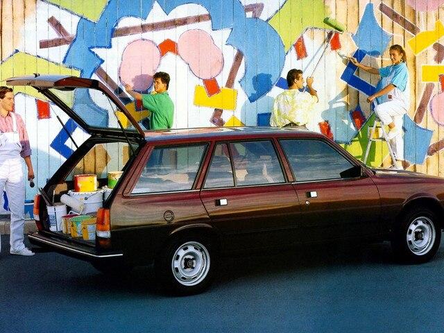 70 éves a Peugeot kombi