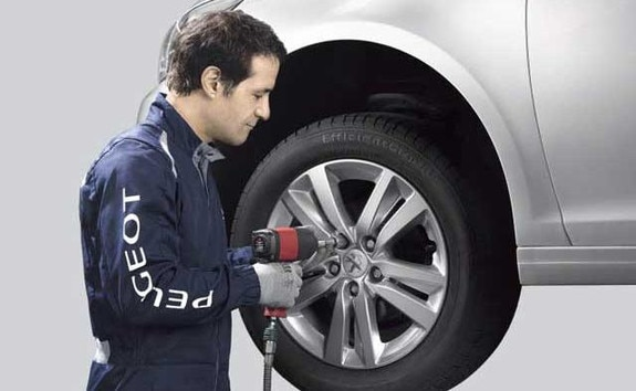 Peugeot_karbantartás