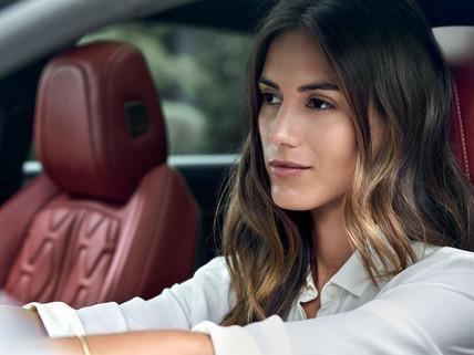 Peugeot 508 SW - AGR minősítésű, elektromosan állítható, ülésmemória funkcióval és többpontos masszázsrendszerrel ellátott fűthető ülések